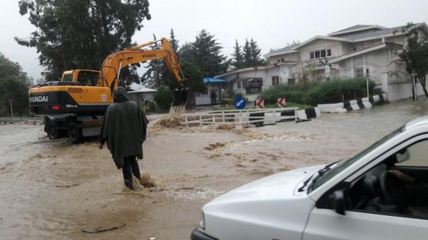 بارندگی شدید و تعطیلی مدارس رامسر