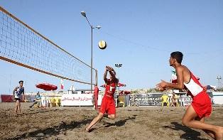 آغاز مسابقات والیبال ساحلی نوجوانان کشور در بابلسر